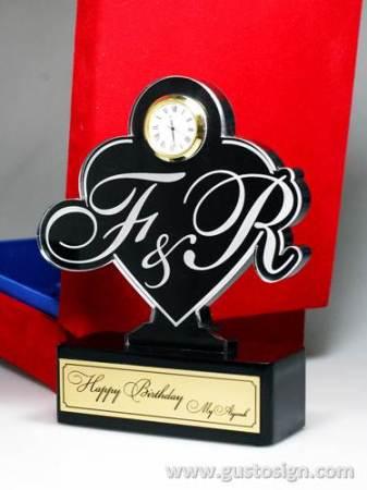 trophy ulang tahun-gusto sign (2)