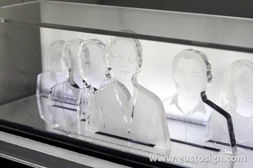 acrylic fabrication matari indosat - gusto sign (1)