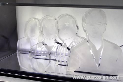 acrylic fabrication matari indosat - gusto sign (2)