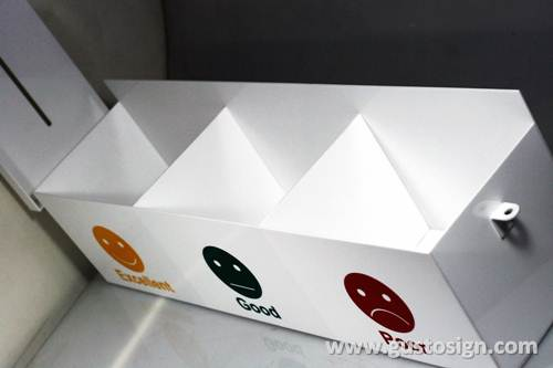 Acrylic Feedback Box - Gusto Sign (4)