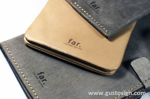 leather engraved - gusto sign (1)
