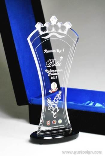 laser cut trophy putri kalses 2013 - gustosign (4)