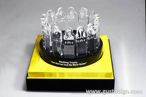 wedding trophy laser - gusto sign (4)