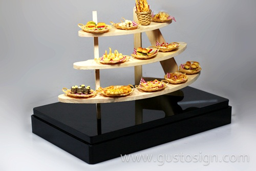 Acrylic Display - Gusto Sign (4)